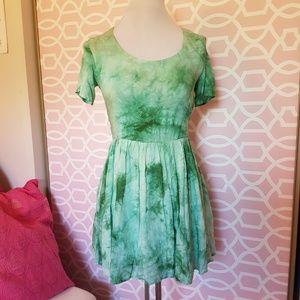 NEW Lulu's Tie Dye Green Skater Dress Size Medium